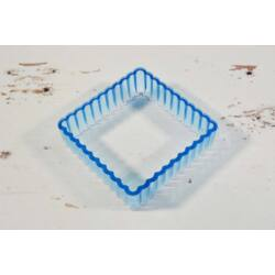négyzetes hullámos kiszúró forma